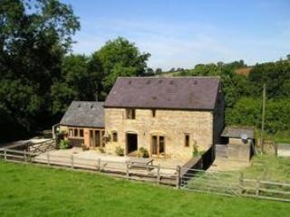 Little Barn, quiet Cotswolds' location nr Chipping Norton