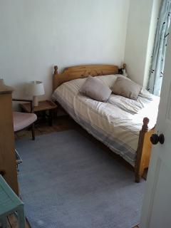 front double bedroom with bay window