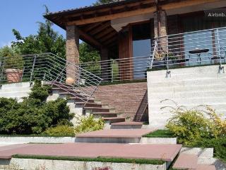 Villa d'Autore - Alba