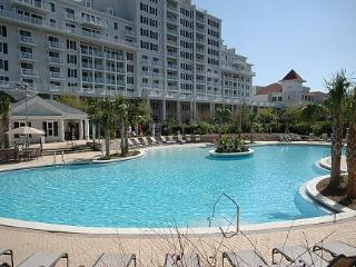 Grand Sandestin 2325 - 3rd Floor - 1BR 1BA - Sleeps 4