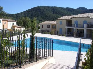 Villa 40 Clos De Vignes, La Mole