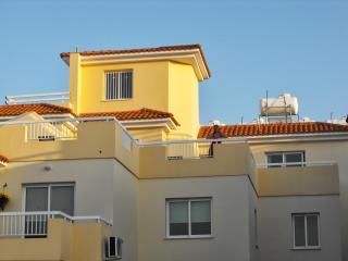 Panarama Village, 2 bedroom Penthouse apartment, huge veranda, pool, gym,,