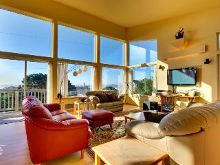 Vibrant and modern home boasts beautiful ocean views & quick beach access!