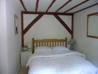Avon Vale , New Forest Self Catering Cottage for 2, Woodgreen