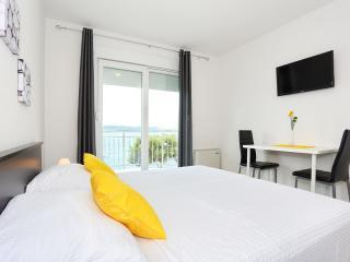 Apartments Dado Trogir, Okrug Gornji