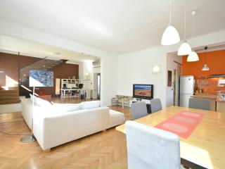 3-Bedroom Gradaska - Fine Ljubljana Apartments