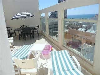 Duplex mini -penthouse with sea view, Tel Aviv
