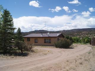 Rio Grande Rafting and Area Skiing with Quiet Seclusion (Rinconanda/Embudo/Dixon NM)