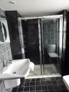 Bathroom - 1st Floor