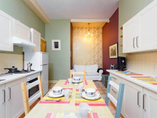 2 BEDROOMS APARTMENTS, Edimburgo