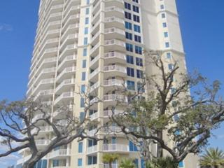 Incredible 3 Bedroom / 3 Bath Condo - **** 30-Night Minimum ***, Biloxi