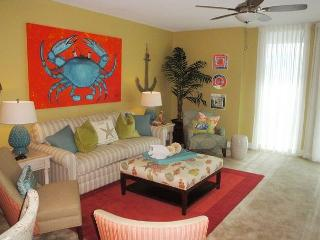 Incredible 3 Bedroom / 3 Bath Condo - **** 30-Night Minimum ***