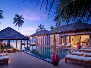 Samara Luxury Beachfront Villa, Lipa Noi