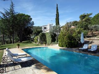 Stunning Hilltop Villa with Private Heated Pool, Plan de la Tour