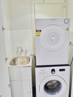 Lundry -Washing Machine and Dryer
