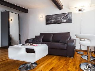 Top of the range apartment in Nice Old Town, Nizza