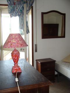 Bedroom - to the balcony