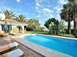 Villa Al Jazmine stunning single storey villa with private heated pool