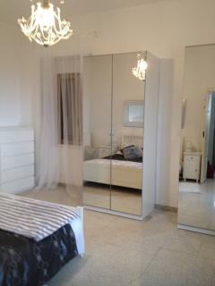 Mirrored wardrobes to the master bedroom.