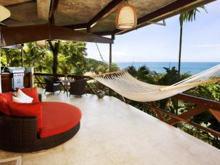Oceanview Villa for Couples - Tulemar Beach, Manuel Antonio National Park