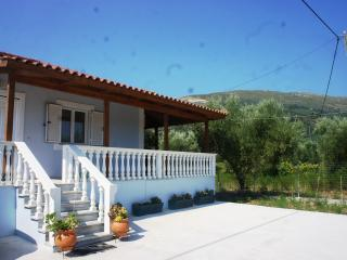Zante Detached private villa with Jacuzzi, Zakynthos