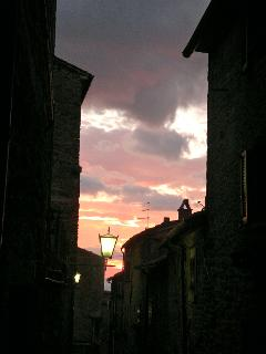SUNSET IN VIA RINFRENA