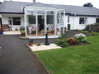 Cedar Cottage Luxurious & Secluded 5* Accomodation, Warrenpoint