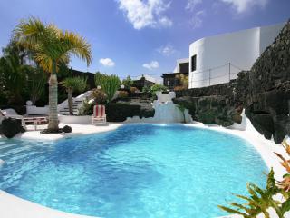 Casa Teiga view of Casa Luna and pool