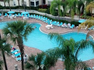2 BDRM CONDO ~ GRANDE VILLAS RESORT ~ GREAT LOCATION NEAR SEAWORLD/GREAT POOLS