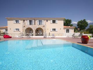 Villa de charme 4 chambres avec piscine, Calvi