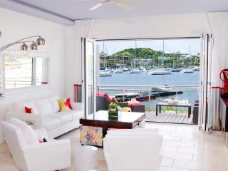 Townhouse Corinne - Ideal for Couples and Families, Beautiful Pool and Beach, Philipsburg