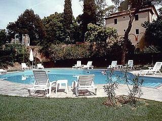 Villa Davide D, Chiusi