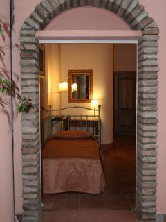 Porta Barriera Single Room  Out Side