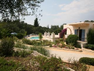 Perilia Villa Apartments. Generous size Pool, wifi