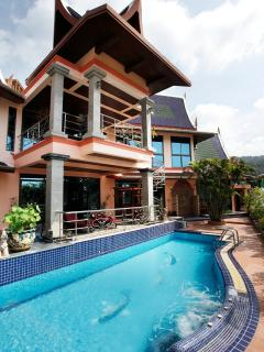 Property & swimming pool