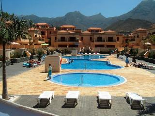 Luxury townhouse in El Duque, Costa Adeje