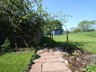 Path to garden at rear