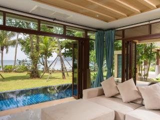 Krabi Luxury Beachfront Amatapura Pool Villa 14, Ao Nang