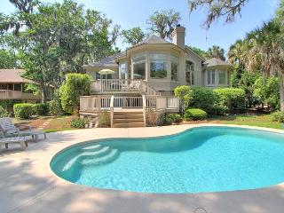 Updates inside & out! 4 Bedrooms, Private Pool & Hot Tub, Free Bikes 14Prom