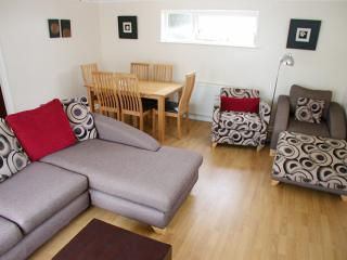 Comfortable modern holiday property,   the beach is just around the corner,    amazing location !!