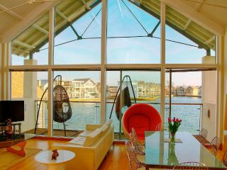 """""""Wall of Glass""""  - Spectacular floor to ceiling panoramic glazing, with enviable south facing aspect"""