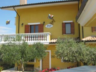B&B Mariposa, Collecorvino