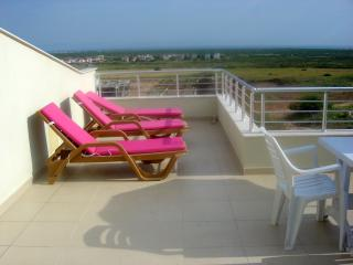 Penthouse Private Sun Terrace & sun lougers