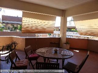 Terrace, 70sqm: cosy living place from May till October (two hammock places)