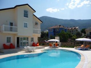 Villa Mandarin, Ovacik