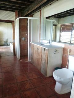 Bathroom 3 (3rd Floor)
