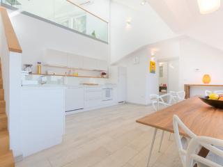 Luxury Bellevue Home - Fine Ljubljana Apartments, Liubliana