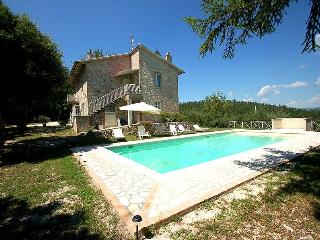 Detached house with private pool, 2 kms from town, Amelia