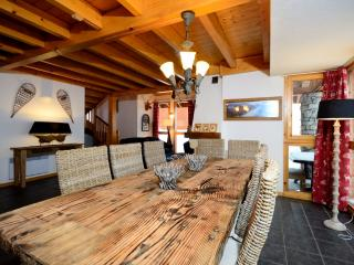 **2 WEEKS FOR THE PRICE OF 1 AT NEW YEAR**    Chalet L'Ecureuil, Vallandry