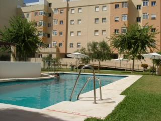 Comfortable Apartment just 200m from Playa Bahia, Torre del Mar